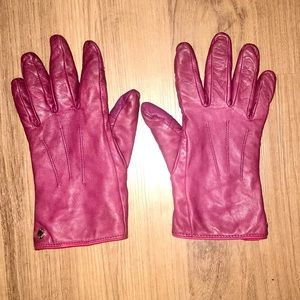 Maroon Leather Driver Gloves (tech gloves)